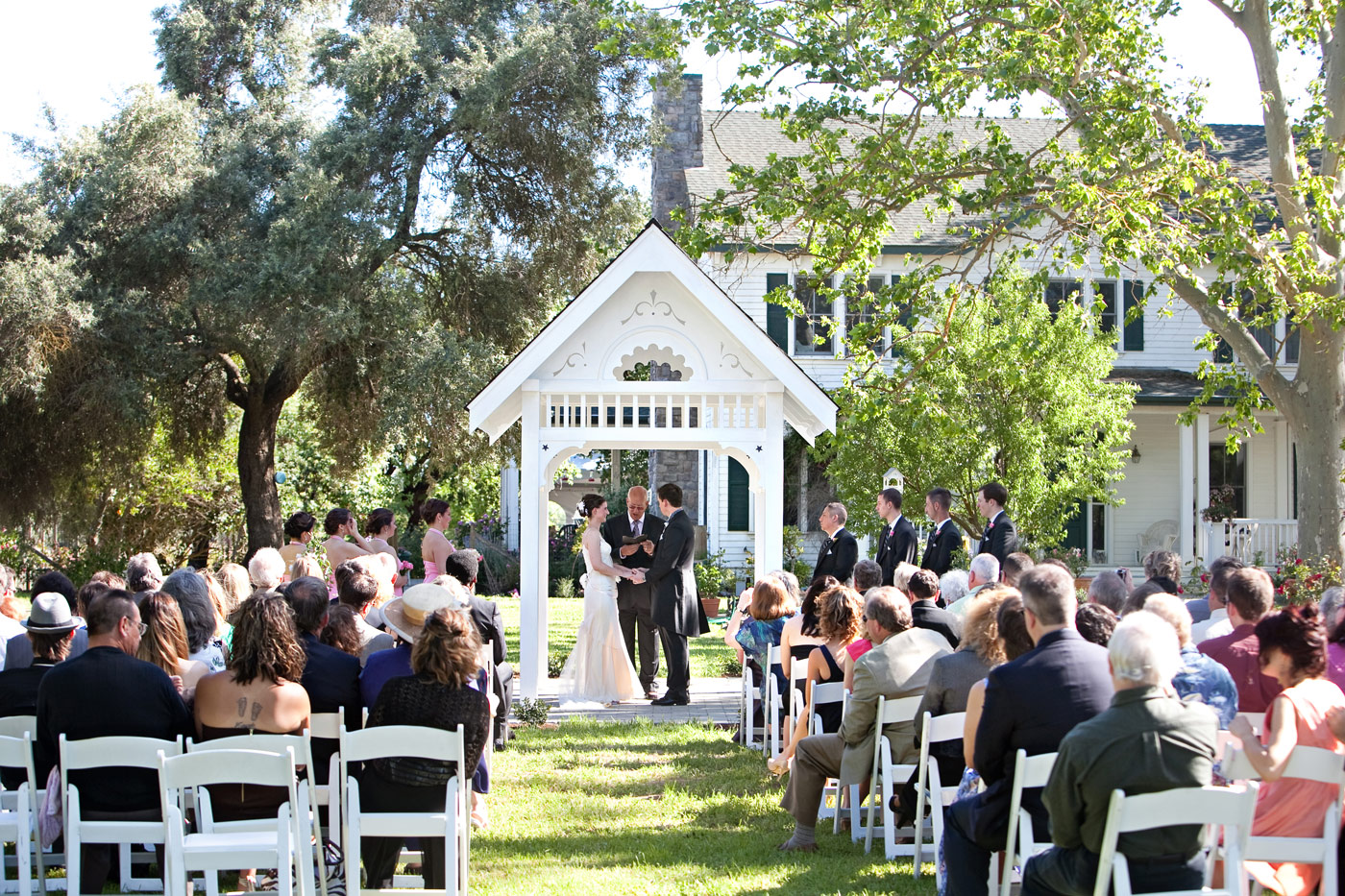 Home is Where the Heart Is - A Real Wedding Story