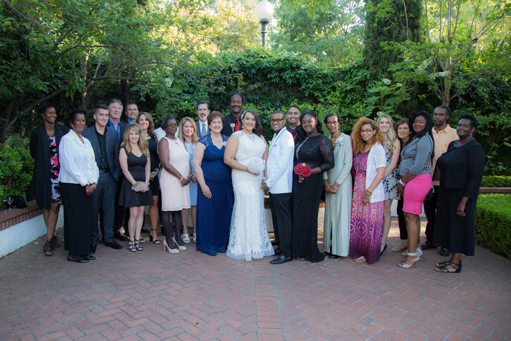 family at wedding phillipes photography